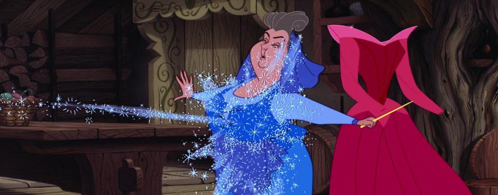 L'abito di Flora viene trasformato da Serenella, diventando blu.