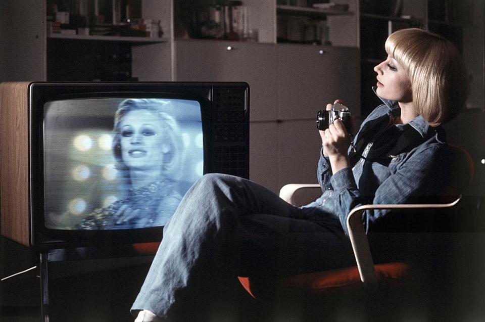 """Raffaella Carrà in un'immagine promozionale di """"A far l'amore comincia tu"""", suo primo inno di liberazione sessuale."""